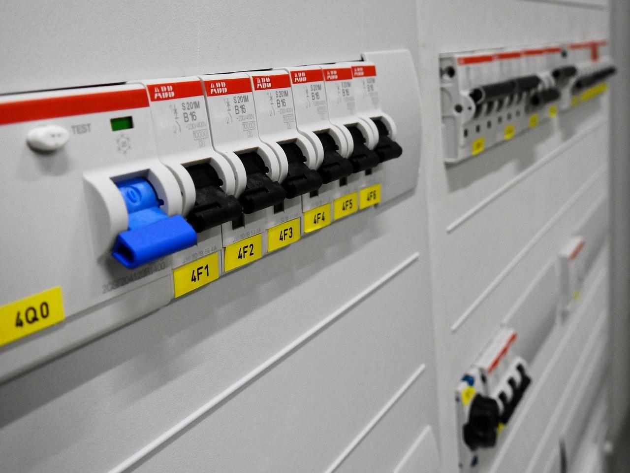 Electricité, à quoi sert un disjoncteur différentiel ?